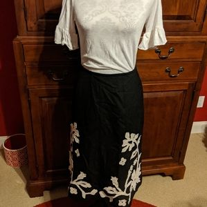 Black wool skirt with floral applique Size 2